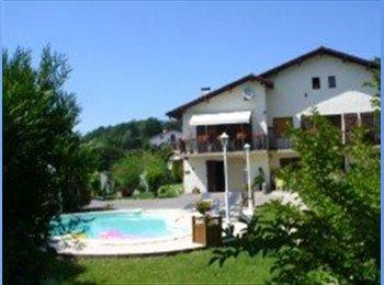 Appartager FR - Chez Patrick et Patricia, Biarritz - 370 € /Mois