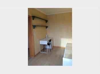 Appartager FR - Chambre pour colocation pour etudiant - Créteil, Paris - Ile De France - 500 € /Mois