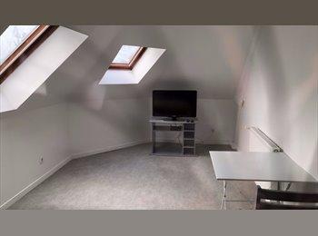 Appartager FR - Chambres meublées à Fécamp (Charges comprises) - Paluel, Paluel - 350 € /Mois
