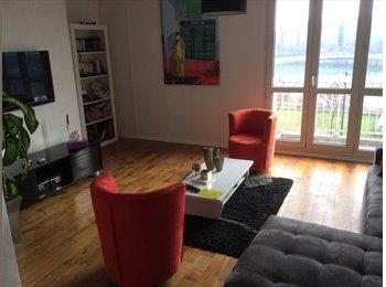 Chambre à louer meublée