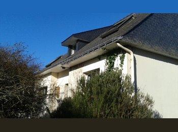 Appartager FR - Colocation dans une maison spacieuse. Vannes Port. - Vannes, Vannes - 330 € /Mois