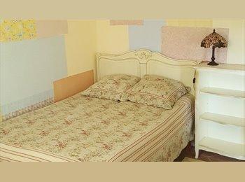 chambre meublée à louer chez l'habitant - Romantique