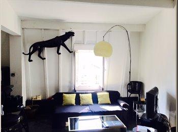 Appartement  parisien contemporain, situé proche métro