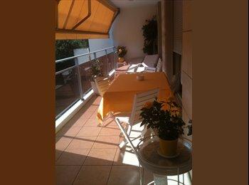 Appartager FR - chambre meublée tout confort SDB privée+parking - Charbonnières-les-Bains, Lyon - 600 € /Mois