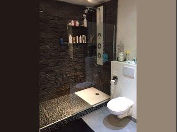 Appartager FR - Colocation de chambres dans villa à la Crau - La Crau, Toulon - 420 € /Mois