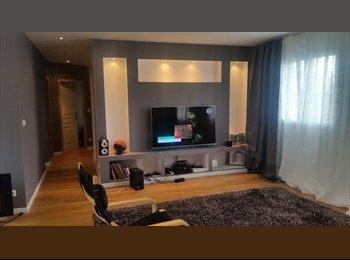 Appartager FR - grande chambre 15m2, Bordeaux - 550 € /Mois