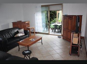 Appartager FR - Colocation dans belle maison 105m2 - Vannes, Vannes - 350 € /Mois