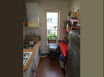 Appartager FR - chambre meublée métro saint placide 75006 - 6ème Arrondissement, Paris - Ile De France - 800 € /Mois