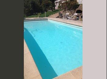 Appartager FR - Chambres ds  maison familiale - Sainte-Foy-lès-Lyon, Lyon - 500 € /Mois