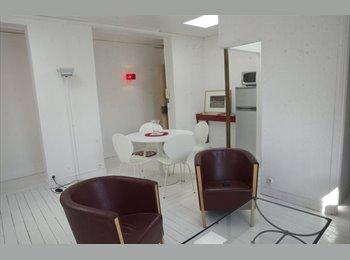 Appartager FR - Chambre libre dans coloc  Room in friendly flat - 6ème Arrondissement, Paris - Ile De France - 790 € /Mois