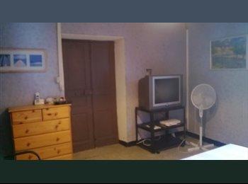 Appartager FR - chambre meublée, Bastia - 450 € /Mois