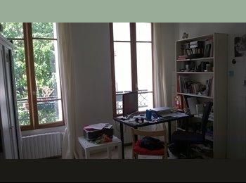 Appartager FR - GRANDE CHAMBRE INDEPENDANTE ET LUMINEUSE - 20ème Arrondissement, Paris - Ile De France - 620 € /Mois