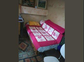 Appartager FR - Chambre à partager av j femme ds maison av jardin - Orléans, Orléans - 250 € /Mois