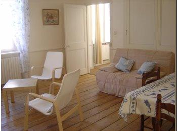 Appartager FR - grand appartement avec 2 chambres - Saint-Malo, Saint-Malo - 230 € /Mois
