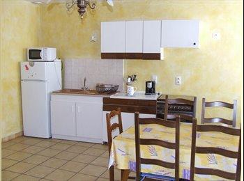 Appartager FR - T3 de 60 m2 dans maison de village - Carcassonne, Carcassonne - 175 € /Mois