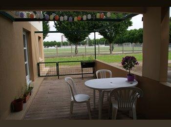 Appartager FR - 1 chambre - 4 pièces avec Terrasse et Parking - Angers, Angers - 305 € /Mois