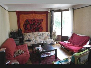 Appartager FR - Colloc' à 2 dans 90 m² à Place Guérin - Brest, Brest - 300 € /Mois