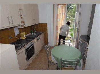 Appartager FR - 2 chambre meublées en coloc avec jardin St Joseph - Colmar, Colmar - 350 € /Mois