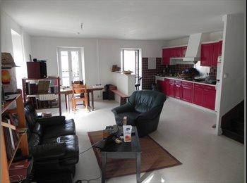 Appartager FR - Petite maisonnette pour l'été, T4 avec 3 chambres - Angoulême, Angoulême - 200 € /Mois