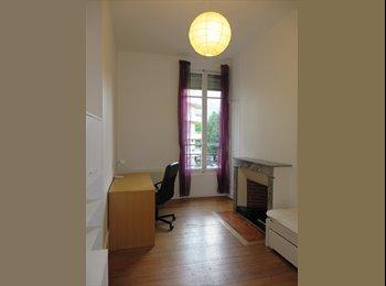 Appartager FR -  1 chambre  dans 1 colocation à l'ile verte - Notre-Dame, Grenoble - 284 € /Mois