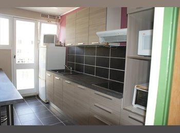 Appartager FR - colocation salariés, Rennes - 300 € /Mois