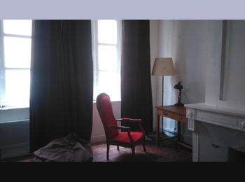 Appartement T4 rénové Vieux Lyon