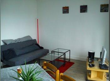 Appartager FR - Cherche colocataire pour appartement 4 pièces - Brest, Brest - 215 € /Mois