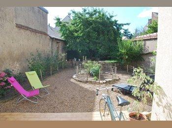 Appartager FR - COLOC St MARCEAU - MAISON+JARDIN - 420€ - LIBRE - Orléans, Orléans - 420 € /Mois