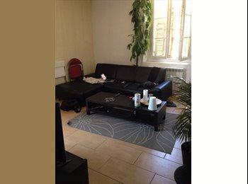 Appartager FR - Recherche d'un 3e colocataire en centre ville - Aix-en-Provence, Aix-en-Provence - 480 € /Mois
