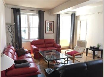 Appartager FR - Appartement de 130M² , Hotel de Ville - 1er Arrondissement, Lyon - 450 € /Mois