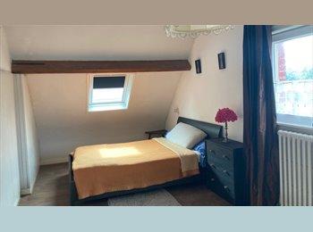 Appartager FR - Chambre à louer dans maison chez particulier, Valenciennes - 280 € /Mois