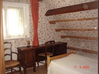 Appartager FR - Chambre à louer dans maison chez particulier, Valenciennes - 220 € /Mois