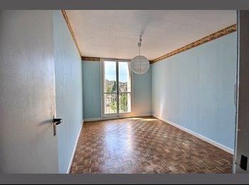 Loue 4 chambres Piscine/tennis au pied du tram - FAC...