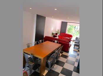 Appartager FR - CHAMBRE ds Maison/Jardin à 2 pas des UNIVERSITES - Villeneuve-d'Ascq, Lille - 390 € /Mois