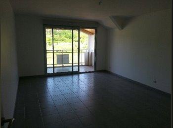 Appartager FR - Appartement T3 de 81m 2 situé dans une résidence calme  - Chenôve, Dijon - 360 € /Mois