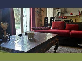 Appartager FR - Chambre dans maison toute équipée près de Bordeaux - Blanquefort, Bordeaux - 420 € /Mois
