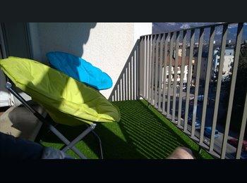 Appartager FR - chambre dans T3, 60m2, balcon, cuisine séparée - Annecy, Annecy - 450 € /Mois