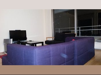Colocation (H/F) Appartement 84 m2 La Defense, libre à...