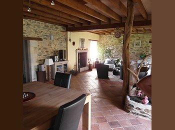 Appartager FR - Maison ancienne rénovée grand terrain - Cantenay-Epinard, Cantenay-Epinard - 400 € /Mois