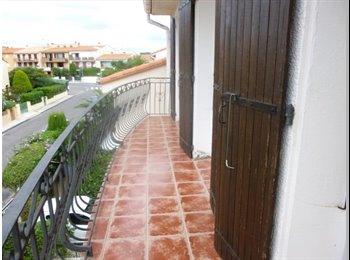 Appartager FR - Colocation F4 meublé de septembre à Juin. - Perpignan, Perpignan - 300 € /Mois