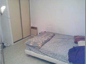 Appartager FR - chambre a louer pour le mois d'août - St Augustin - Quintin - Loucheur, Bordeaux - 320 € /Mois