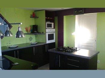 Appartager FR - Loue chambre avec salle de bain  - Périgueux, Périgueux - 300 € /Mois