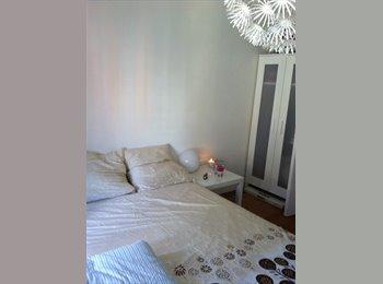 Appartager FR - Quartier du port, Proche université, écoles, 2 pièces - Cœur de Ville, Nice - 400 € /Mois