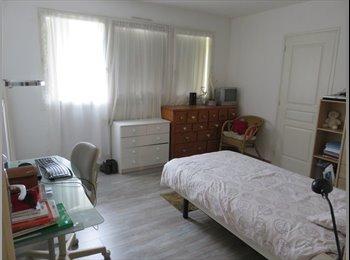 Appartager FR - Chambres meublées proche des grandes école de DOUAI - Douai, Lille - 302 € /Mois