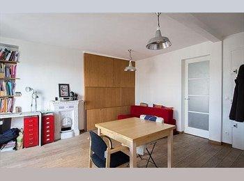 Appartager FR - Cet appartement confortable de 43 m² - Lille-Centre, Lille - 420 € /Mois