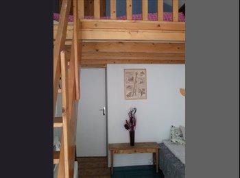 Appartager FR - chambre meublée - Le Pont-de-Claix, Le Pont-de-Claix - 300 € /Mois
