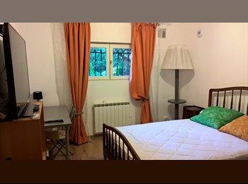 Appartager FR - Chambre meublée à 7 km de la place Bellecour - Sainte-Foy-lès-Lyon, Lyon - 390 € /Mois