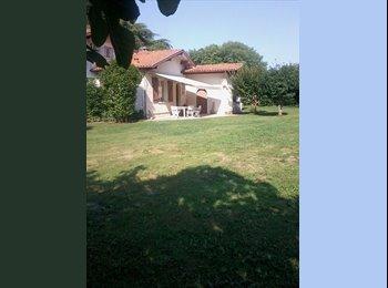 Appartager FR - Chambre indépendante dans très belle maison - Bayonne, Biarritz - 450 € /Mois