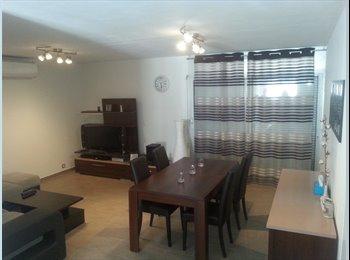 Appartager FR - Appartement de 75 m2 aux Sablettes 290e, La Seyne-sur-Mer - 290 € /Mois