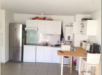 Appartager FR - Loue chambre a 300 m du tram 4 à Nantes - Saint-Sébastien-sur-Loire, Nantes - 400 € /Mois